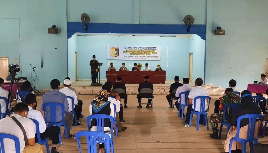 pelantikan penjabat kepala desa di kecamatan terara