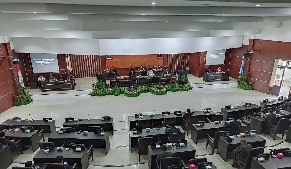 Dua Ranperda Inisiatif DPRD Lombok Timur Ditetapkan
