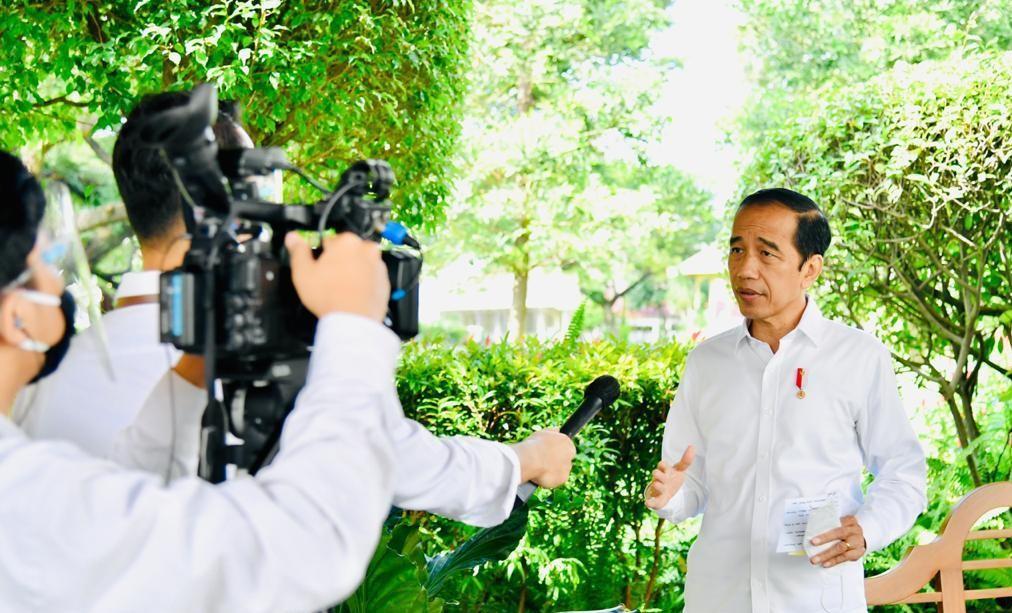 Tekan Laju Pandemi, Presiden Efektifkan Kebijakan Pembatasan