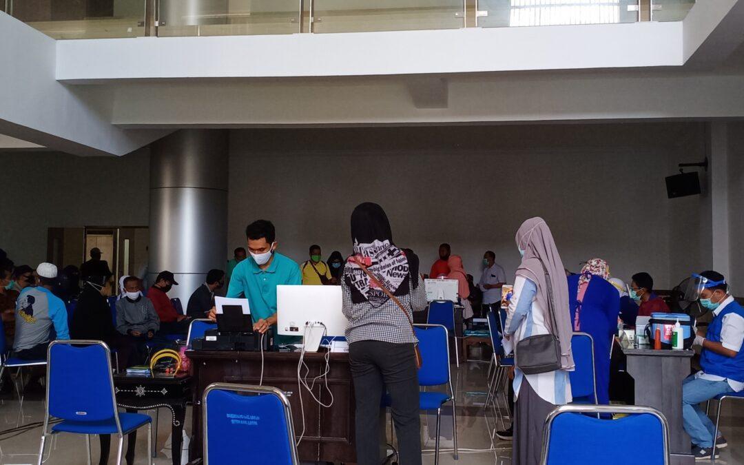 Vaksinasi Covid-19 Untuk ASN di Lingkup Pemerintah Kabupaten Lombok Timur.