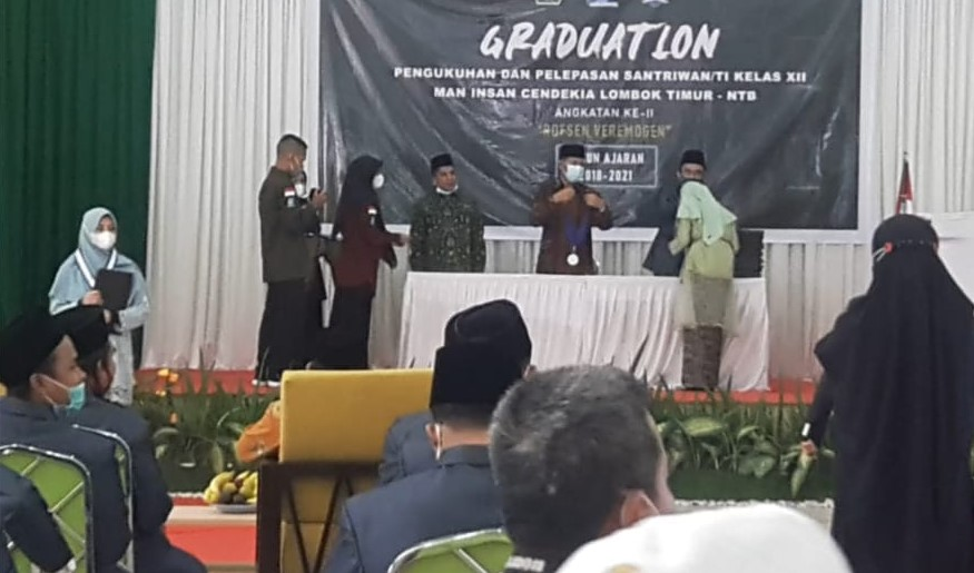 MAN Insan Cendikia Lombok Timur Gelar Pengukuhan dan Pelepasan Santriwan dan Santriwati Angkatan Ke-2 Tahun 2021